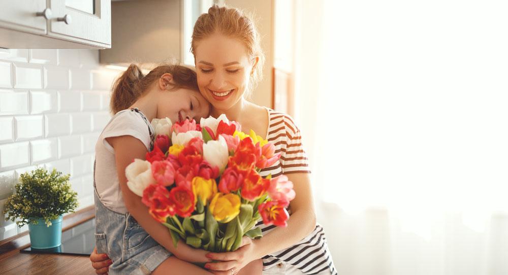 Homenagem às mães nossas primeiras professoras