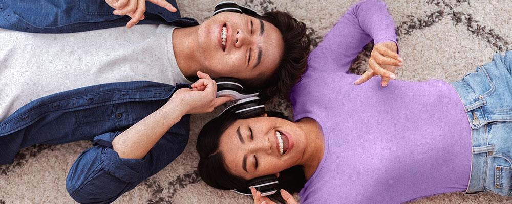 5 ideias para comemorar o dia dos namorados como um casal bilíngue
